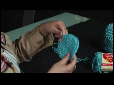 How to Crochet a Hat : How to Correct Crochet Bends