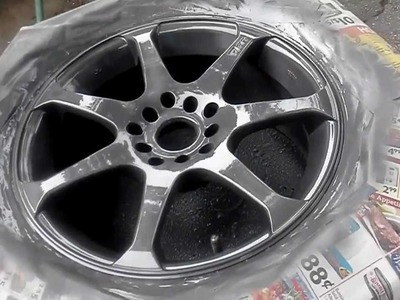 """How to Paint rims with Rustoleum"" wheel paint part 2 Paint and clear"