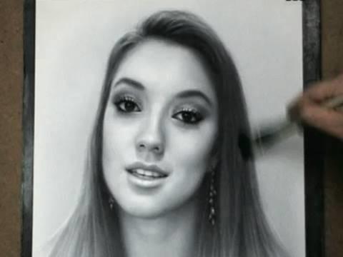 JuicyStar07 Portrait Drawing