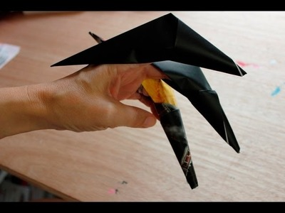 How to make a Origami Claw - easy accessory for Halloween costumes