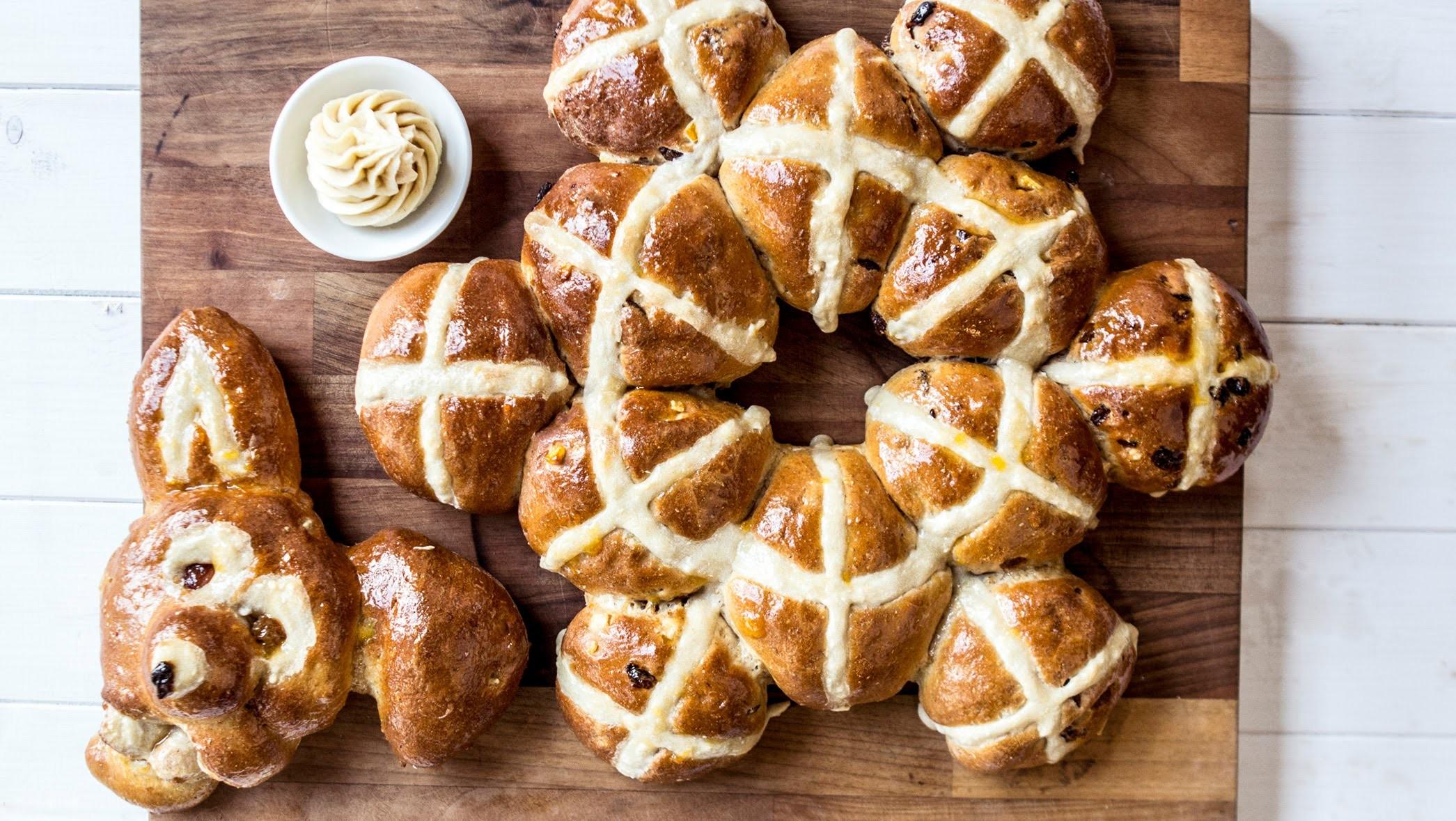 Easter Homemade Hot Cross Buns Recipe - SORTED (Spon)