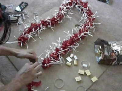 "[SPEED UP] Making ""3D"" Candy Lei thats Ti Leaf Lei Inspired"
