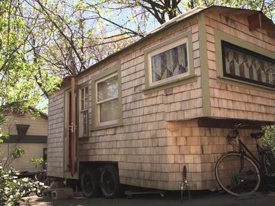 Tiny Yellow House - Sage's Gypsy Wagon (Handbuilt portable cabin.tiny home in Boston)