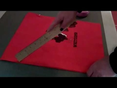 How to make an Easy Drawstring Tote Bag Sewing Tutorial