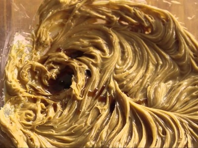 How to Make Creamy Peanut Butter Frosting