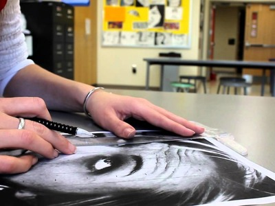 How to draw grid lines for self-portrait: 1st Step
