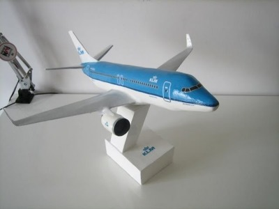 My KLM Boeing 737 Paper model. How I built it step by step. Paper and plaster. HD