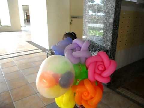 Balloon Roses Bouquet & Woven Heart