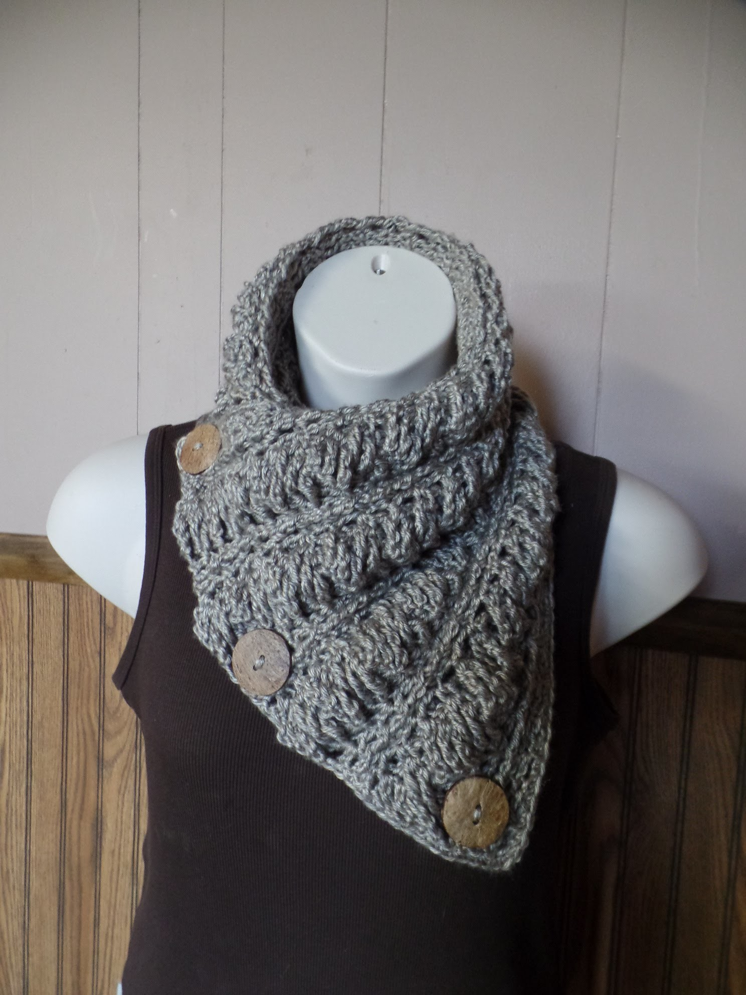 #Crochet Gwenyths Cable Stitch Button Cowl Wrap Scarf #TUTORIAL