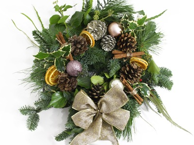 DIY Christmas Wreath - Fresh | Carly Musleh