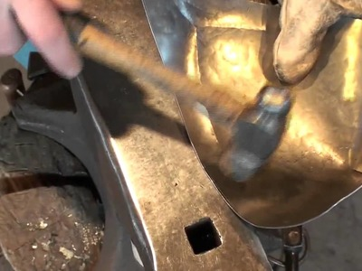 Fabrication d'armure médiévale Making of medieval armor #13