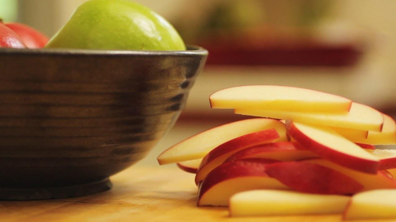 How To Cut An Apple    KIN EATS