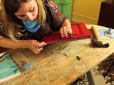 How to Decorate Serving Trays : Recycled Crafts