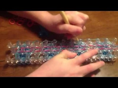 How to Make a Striped Friendship Bracelet with the Rainbow Loom