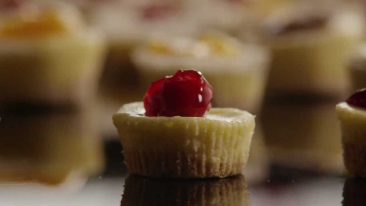 How to Make Mini Cheesecakes