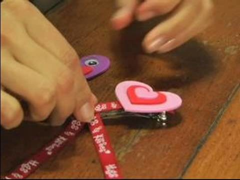 How to Make Valentine's Day Gifts : How to Make Valentine's Day Hair Barrettes