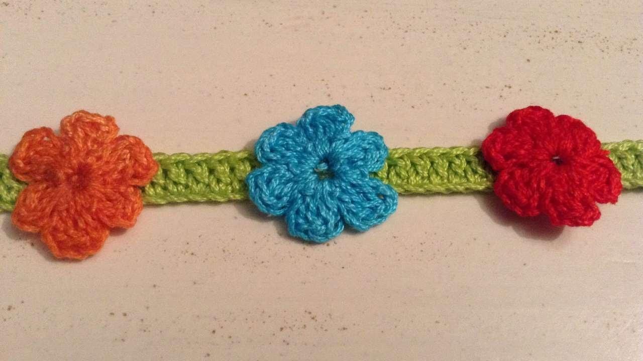 How To Crochet A Flower Garland - DIY Crafts Tutorial - Guidecentral