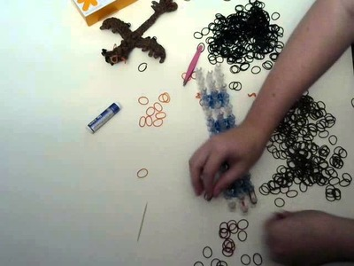 Crazycrafts122: Rainbow Loom Baby Smaug part 3.3