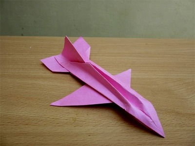 How to make a cool paper plane - Easy Tutorials
