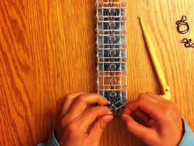 How to make a rainbow loom ladder bracelet w. rubber bands