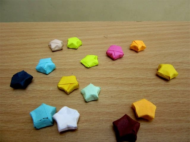 How to Make a Paper Lucky Star - Easy Tutorials