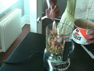 DIY Hummus: with Cuisinart Mini Prep Plus Food Processor