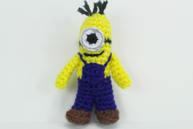 How to crochet Mini-Minion ( Video 2 ) - Yolanda Soto Lopez