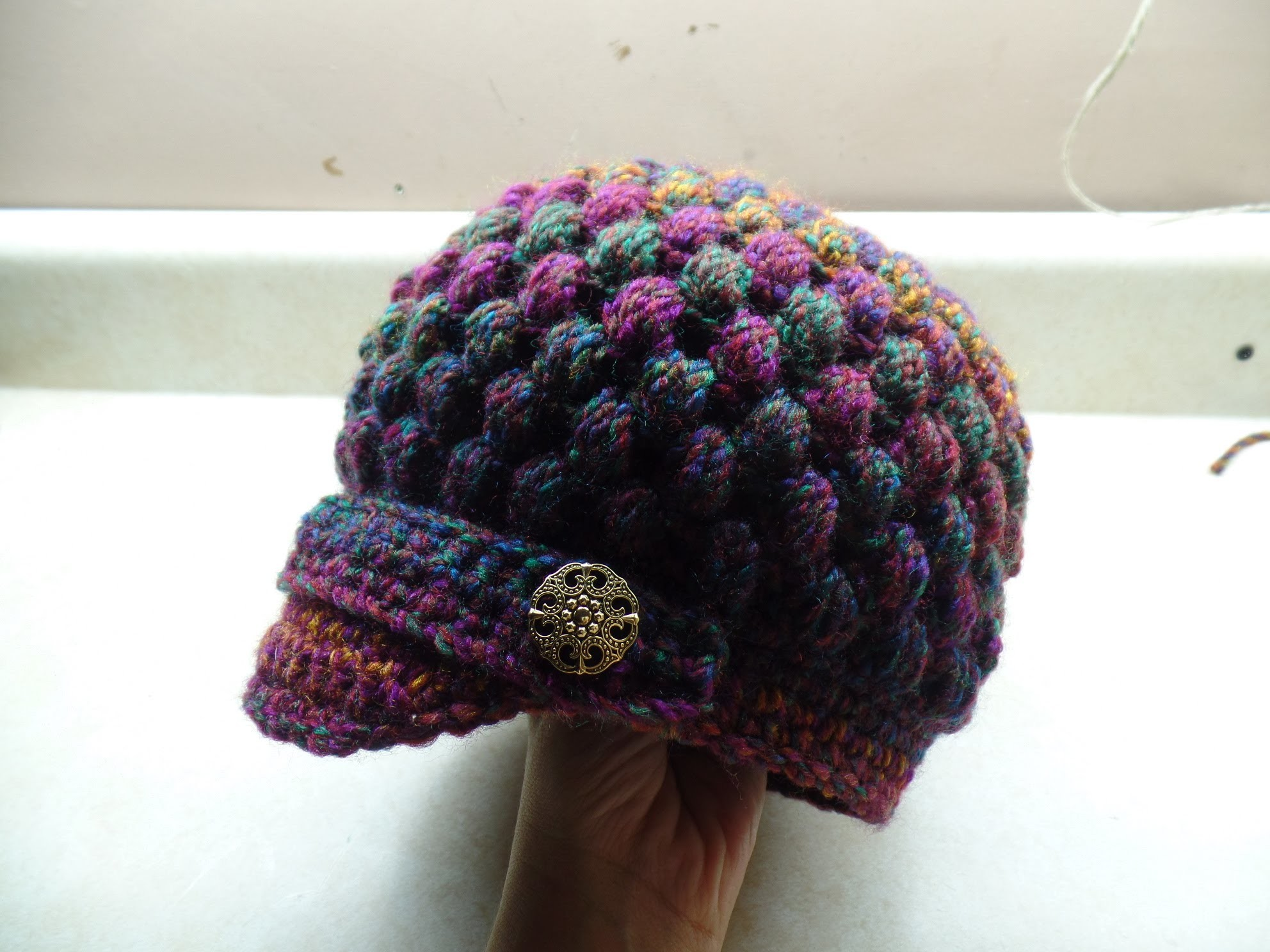 #Crochet Newsboy Puff Stitch Hat #TUTORIAL