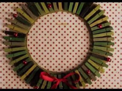 DIY: Christmas Wreath Clothes Pin Card Holder