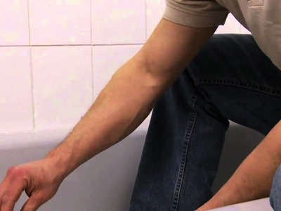 How to Replace Bathtub Caulking