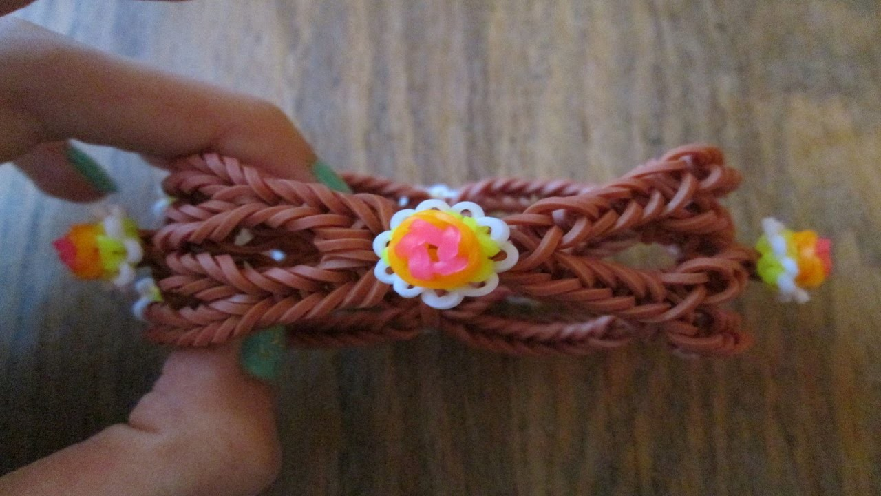 Rainbow Loom-  The Best Way to Seamlessly Finish a Bracelet!