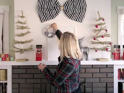 How to decorate your mantle for the Holidays. The Alison Show