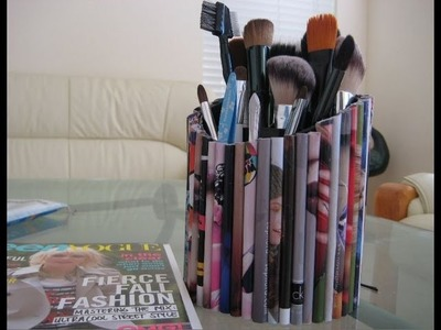 DIY: Make Your Own Magazine Brush Holder