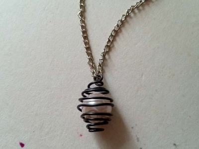 How To Create A Cage Necklace - DIY Style Tutorial - Guidecentral