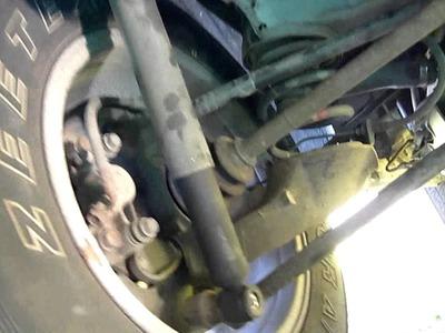 Blue RAV gets new Rear Shocks (1994 - 2000 RAV4 DIY Shock Absober replacement)