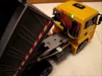 DIY parking sensor for a toy truck with ATtiny85