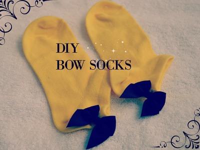 DIY Easy Bow Socks