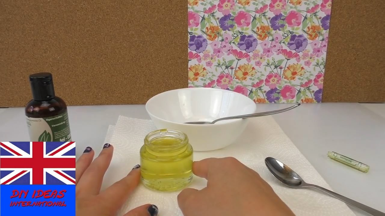 DIY hand cream - selfmade creme for dry skin with coconut oil, shea butter, almond and lemon