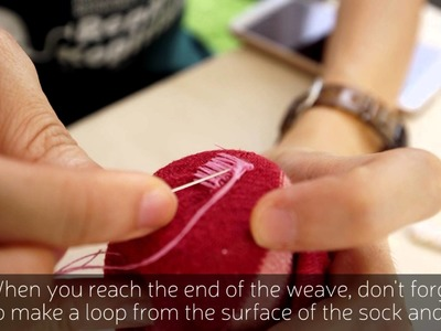 How to patch a hole in your sock by the darning technique - Repair Kopitiam
