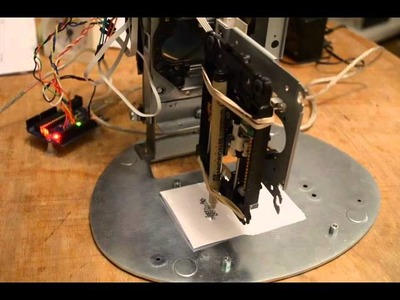DIY CNC old CDrom + Arduino + Easy Driver