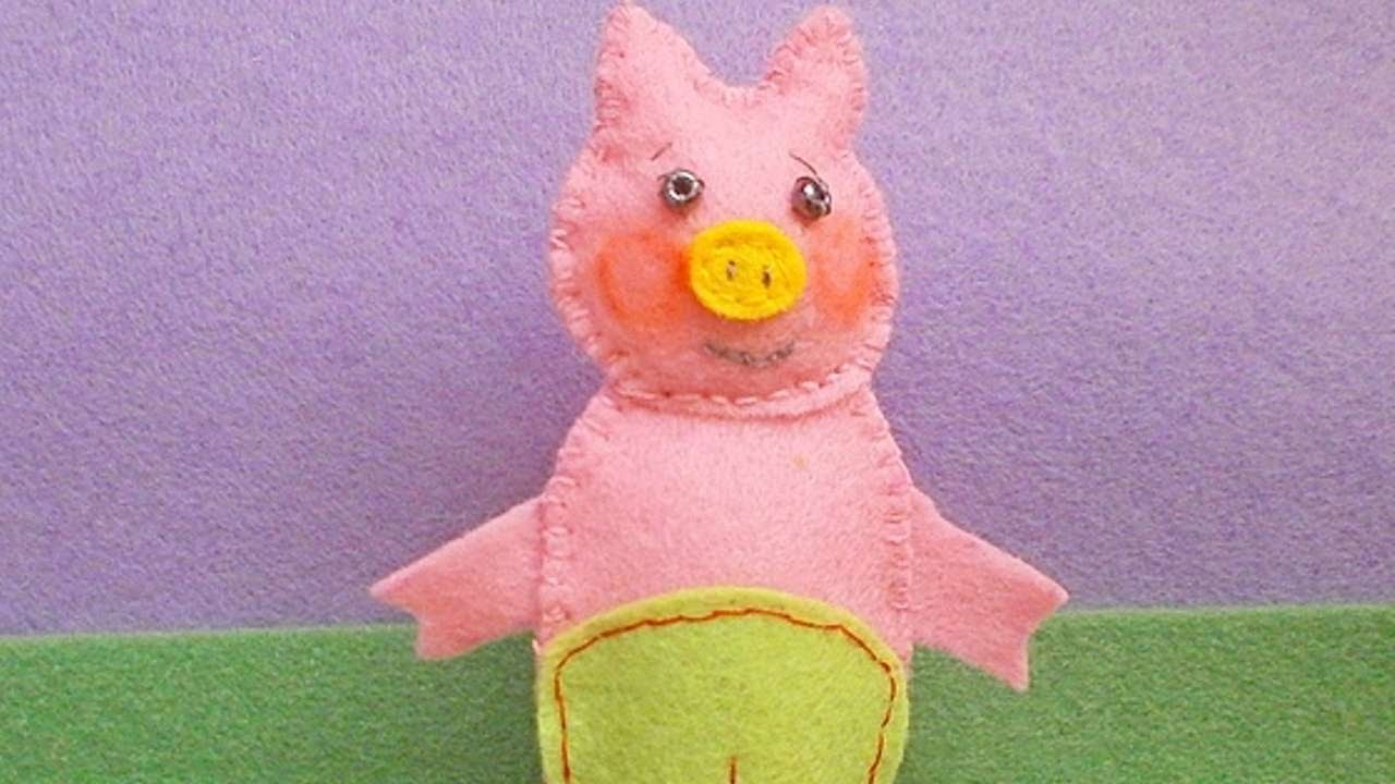 How To Make A Toy Pig Finger Puppet - DIY Crafts Tutorial - Guidecentral