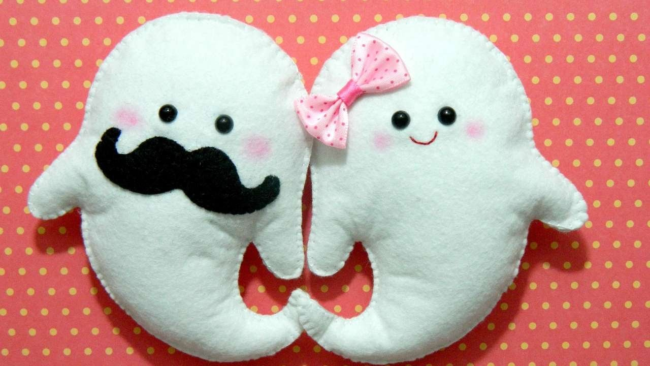 How To Make Mr. And Mrs. Ghost Plushies - DIY Crafts Tutorial - Guidecentral
