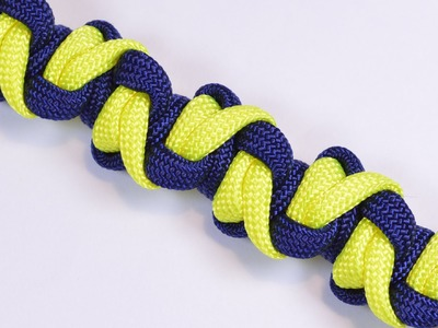 "Make the ""Snake Fangs"" Design Paracord Survival Bracelet - BoredParacord!"