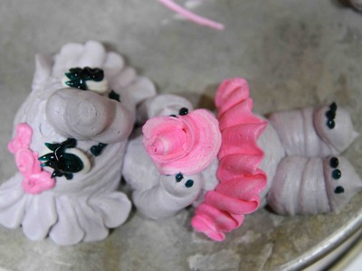 Elephants Figure Piping, Buttercream- cake decorating- how to
