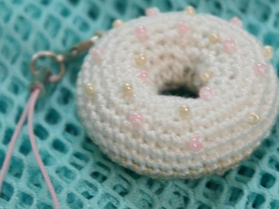 How To Make A Sweet Crocheted Donut Charm For Keys - DIY Crafts Tutorial - Guidecentral