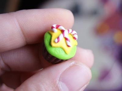 Christmas Themed Cupcake: Polymer Clay