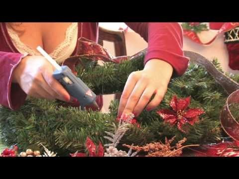 Christmas Crafts : How to Make a Giant Holiday Wreath