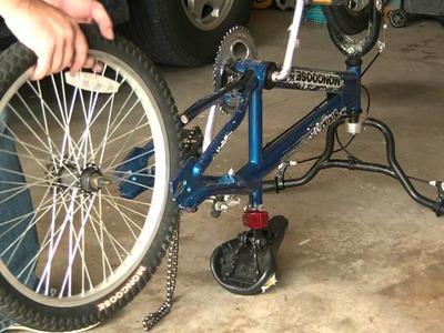 How To Change A Bike Tire Tube - Fix a flat bike tire