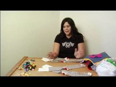 How to Make a Monkey Sock Puppet : Different Sock Types for Sock Puppets