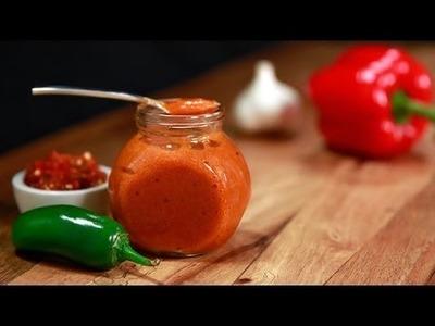 How to Make Homemade Sriracha Hot Sauce | Eat the Trend